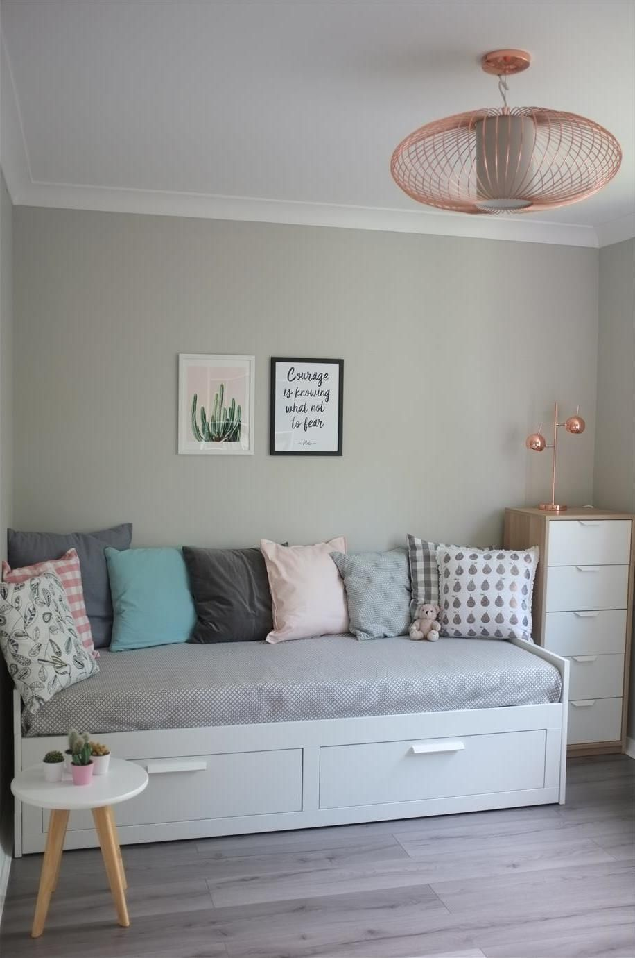Room Painted In Cornflower White 228 Farrow Amp Ball Pk