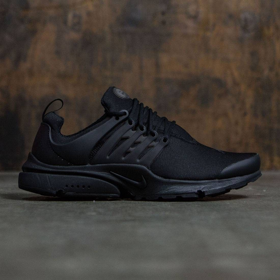 90060557302 Nike Men Air Presto Essential (black / black-black) | Hot Sneakers ...