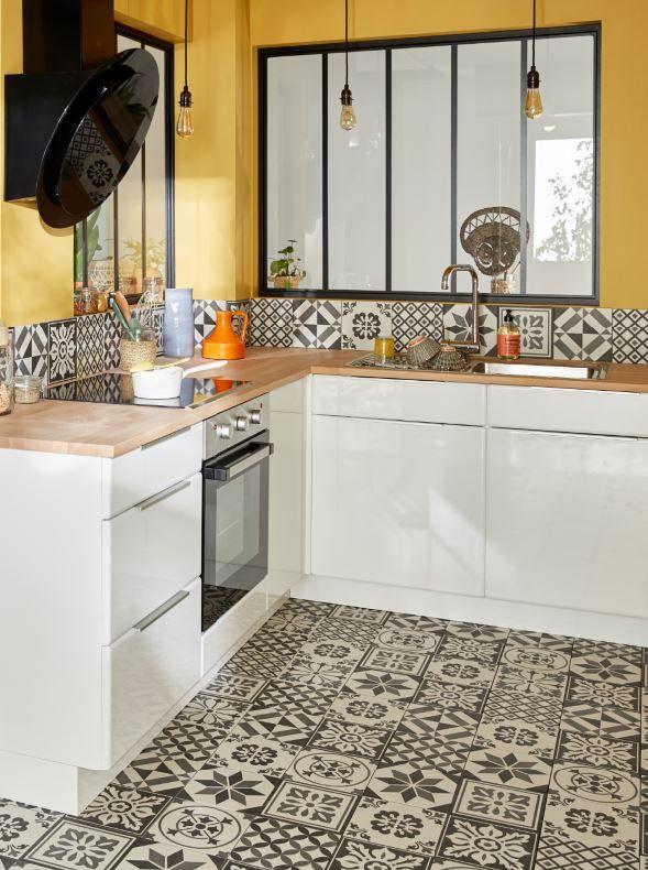 donnez du style au sol de votre cuisine avec un carrelage