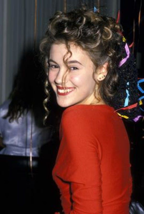 30 Photos Of Alyssa Milano When She Was Young Alyssa Milano Hot