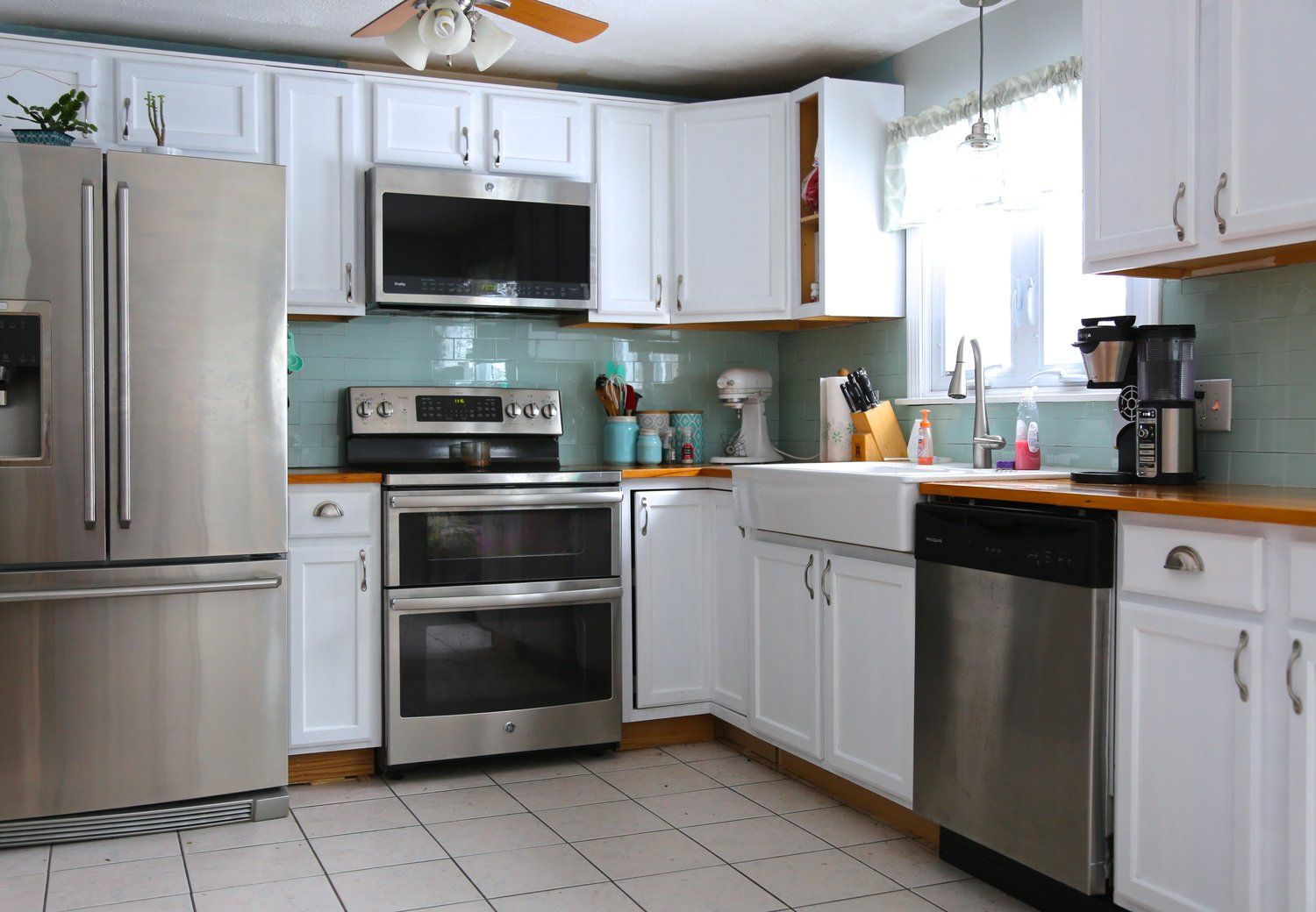 How to paint oak kitchen cabinets | Painting oak cabinets ...