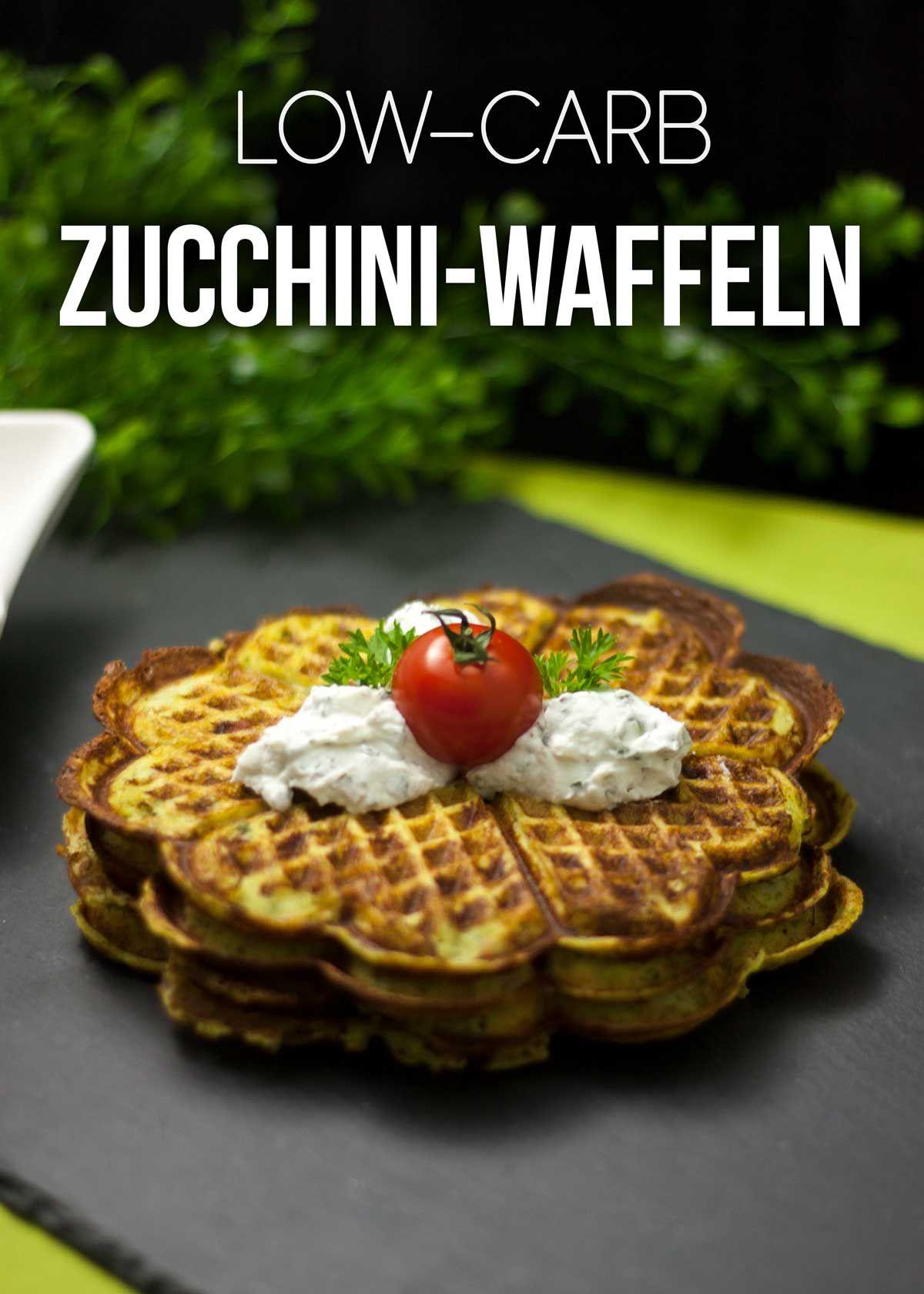 deftige zucchini waffeln mit speck und parmesan low carb hauptgerichte pinterest zucchini. Black Bedroom Furniture Sets. Home Design Ideas