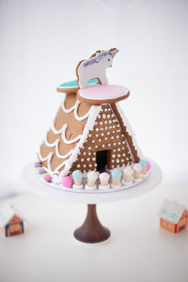 Unicorn Gingerbread House Coco Cake Land Cake Land Cake Blog Christmas Goodies