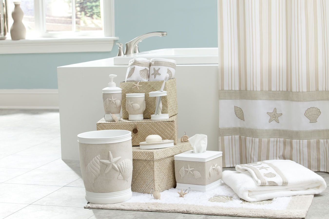 Costal Bathroom Decor: A Beachy Bath Ensemble Will Give Your Bathroom A Costal