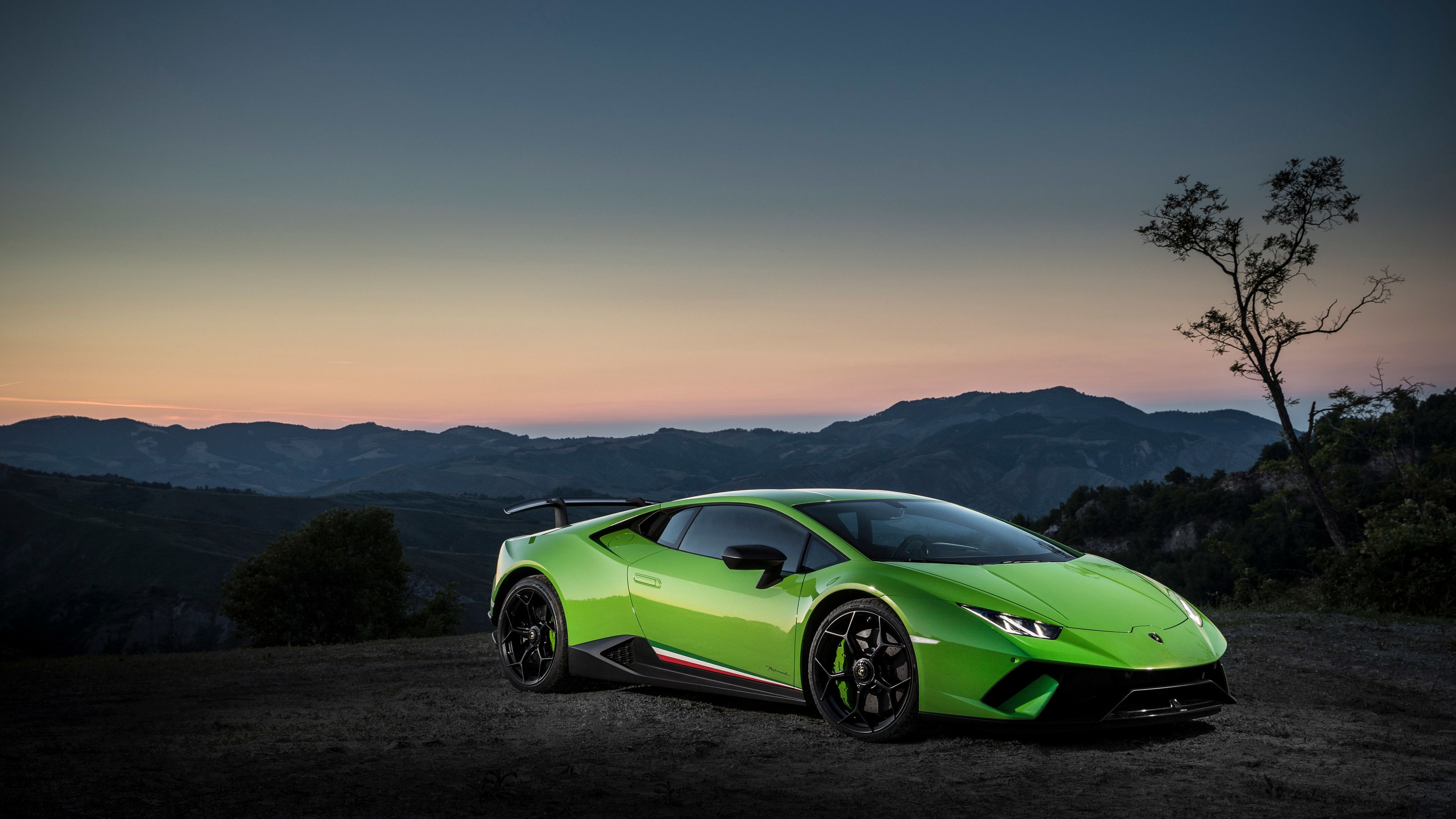 4k Lamborghini Huracan Performante Lamborghini Wallpapers Lamborghini Huracan Wallpapers Lambor Best Luxury Sports Car Lamborghini Huracan Sports Cars Luxury