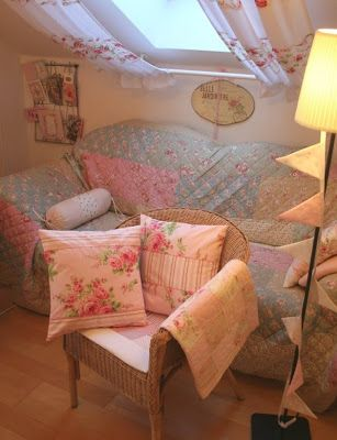 My Country Cottage Garden: New curtains in my creative space!