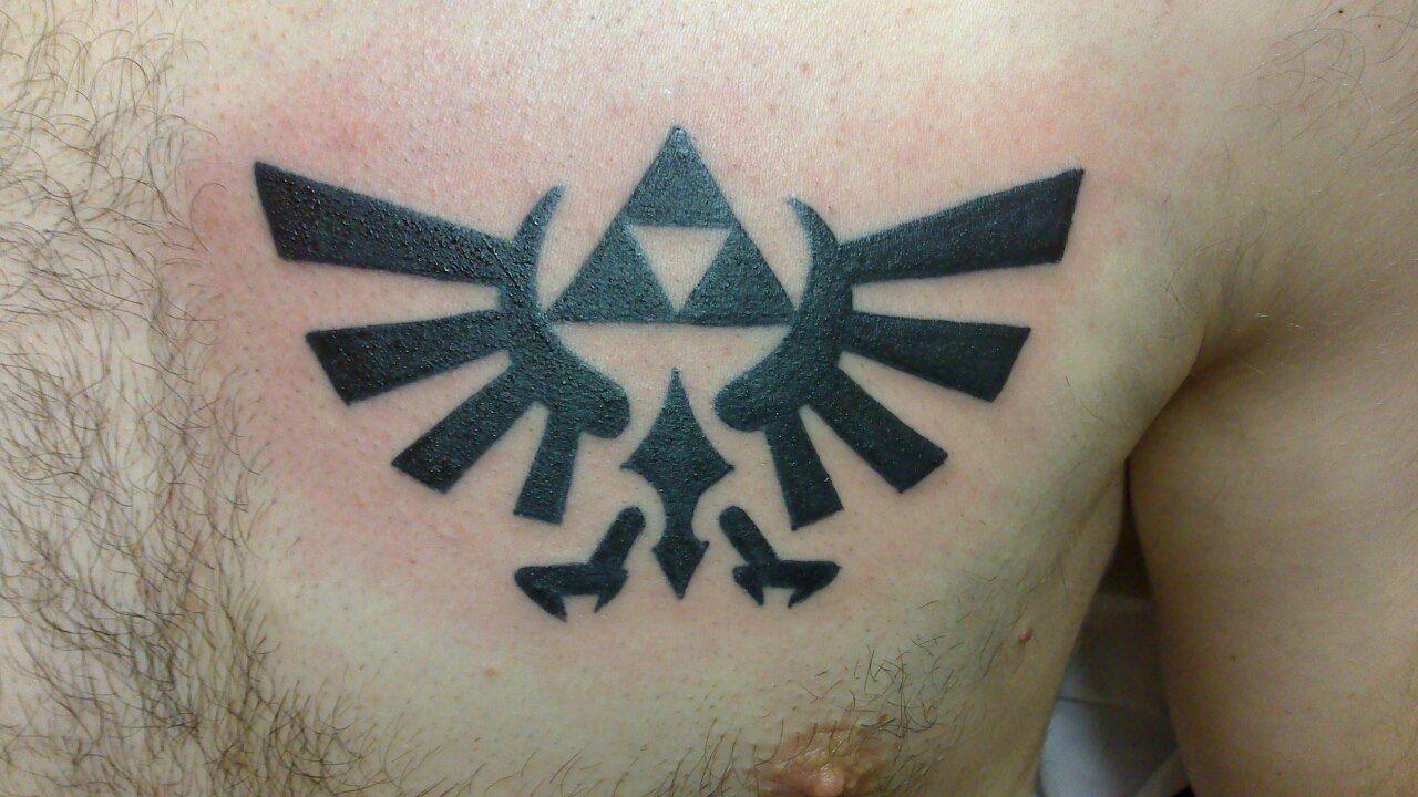 Tattoo Tatouage Symbole Triforce Zelda Torse Pec Tatouages Filou