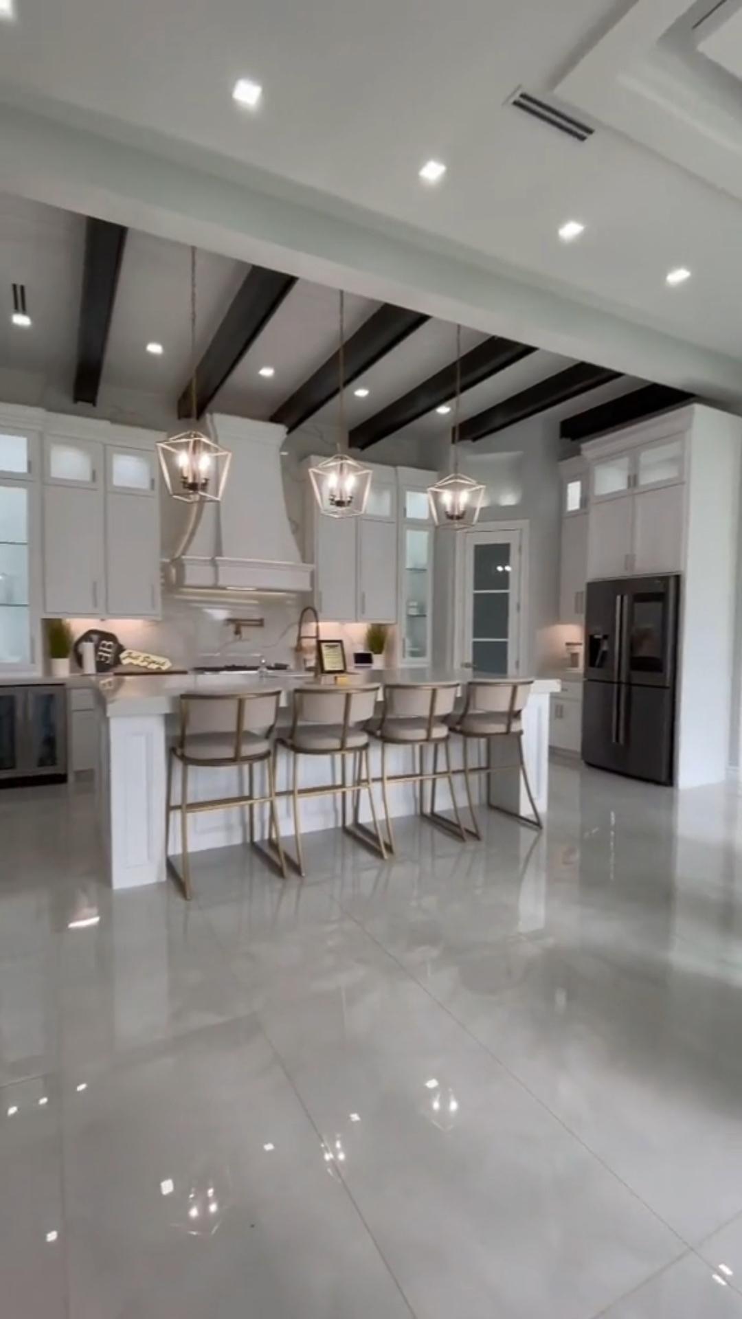 Breathtaking Open Kitchen Design!