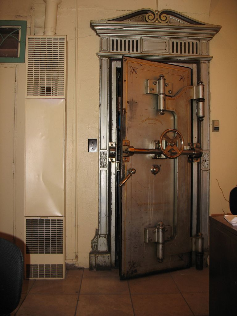 Old Bank Vault Door Vault Doors Banks Vault Speakeasy Door