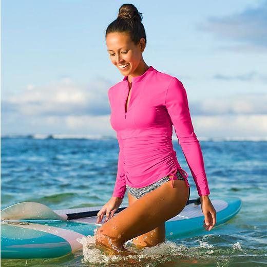 De echte duikpak kwallen pluisjes lichaam strand surfen snorkelen om vrouw met lange mouwen zonnebrand badpak t - shirt een duikpak.