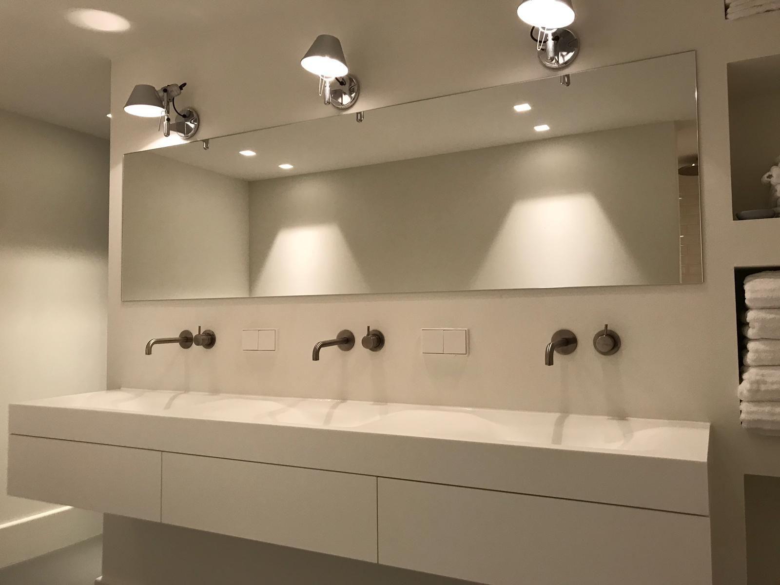 Tiz Design Kwaliteits Badkamermeubels Solid Surface Badkamer Inspiratie Badkamermeubels Spiegel Badkamer