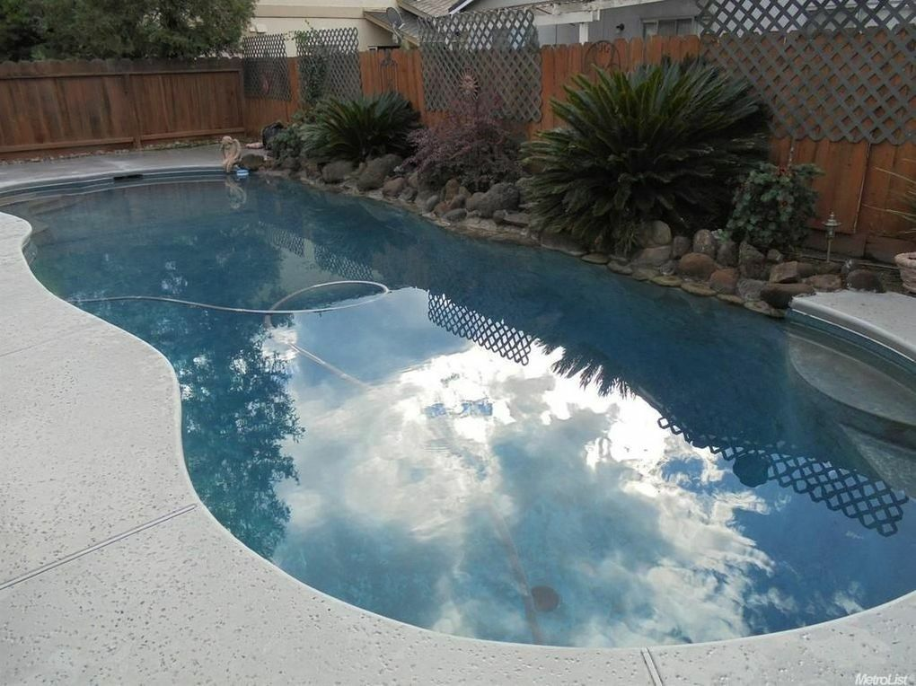 Pin By Sunae Przybylinski On Pool Ideas Outdoor Decor Outdoor Pool