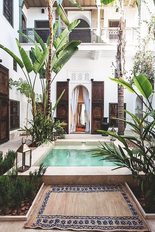 Island accomodation with courtyard pool sfgirlbybay