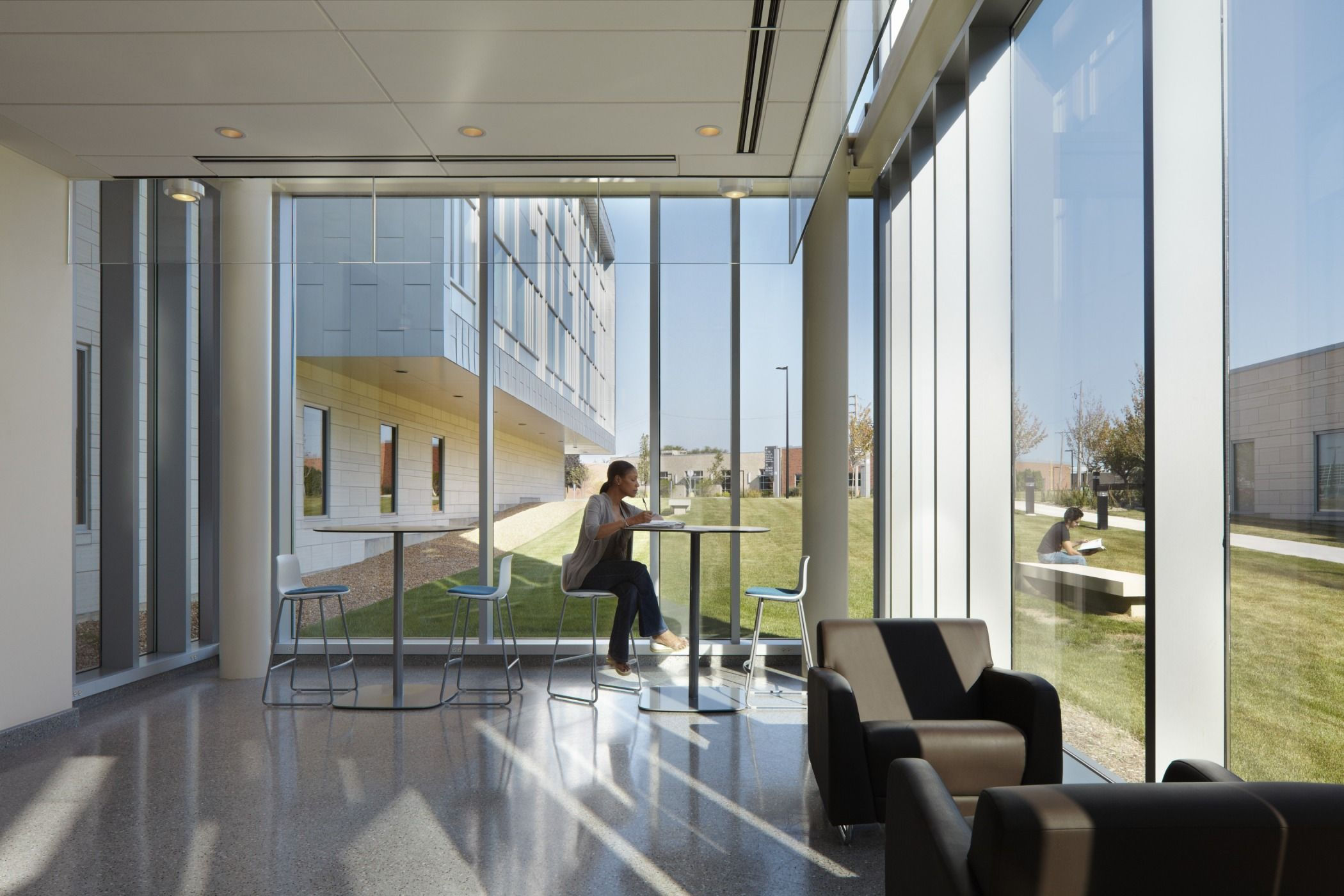 Elgin community college health and life sciences building corridor
