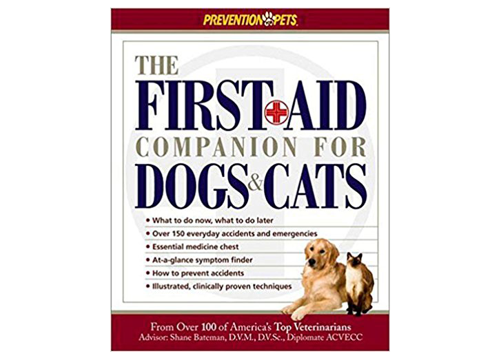 Here S What To Put In Your Dog S First Aid Kit Yes You Should Have One First Aid Kit Animal Books First Aid