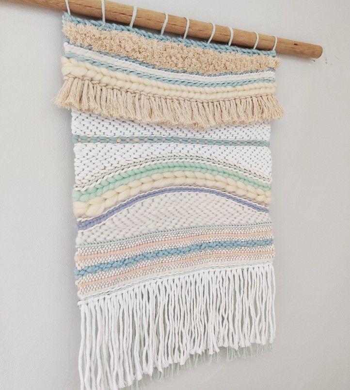 #weaving #weavingart #wip #modernweaving #weaversofinstagram #weavingart #weavingloom #wovenart #wovenwallhanging #wallhanging #woventextiles #fiberart #fiberartist #cottonstring #modernweaving