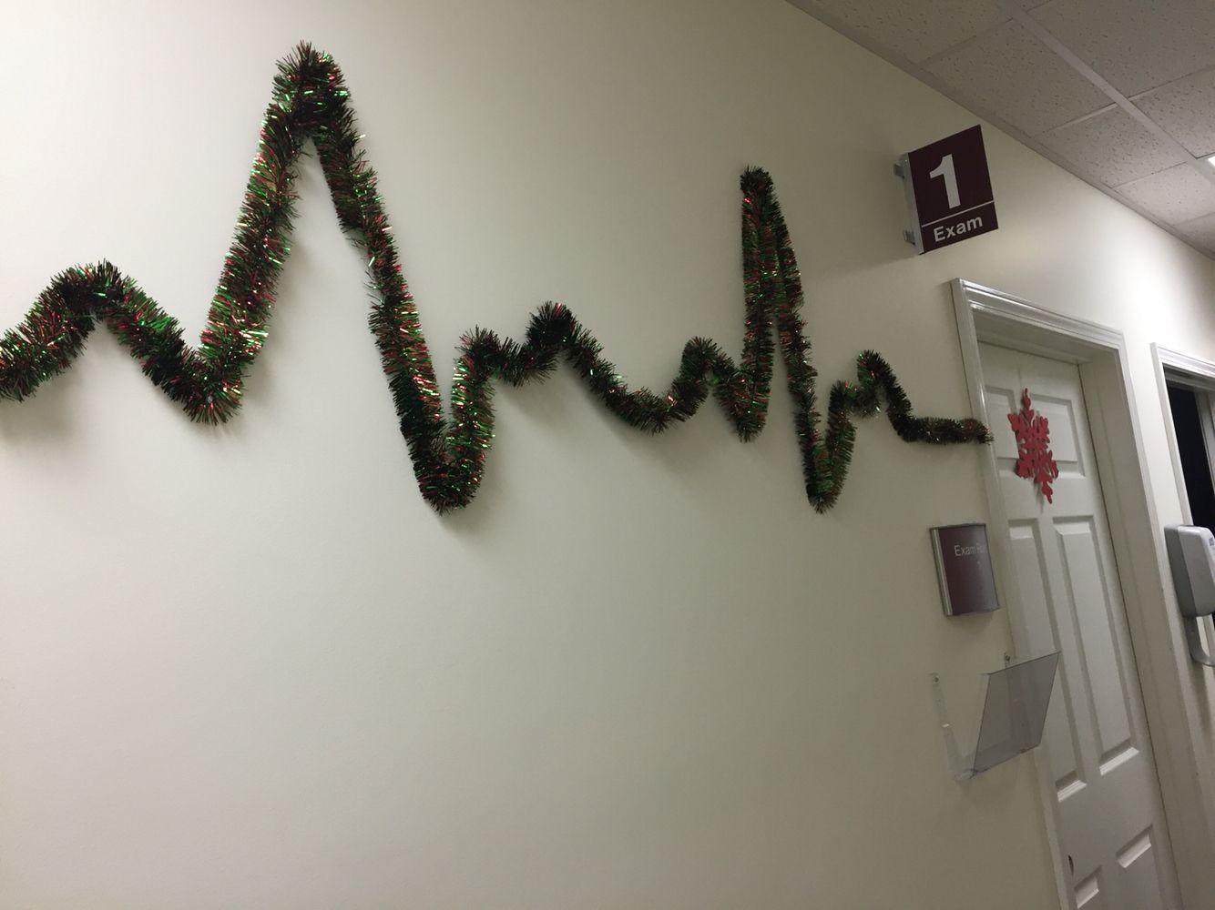 Ekg Tinsel Decor In Cardiologist Office