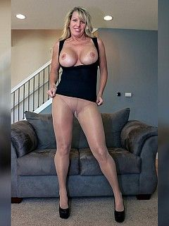Milf with strong legs