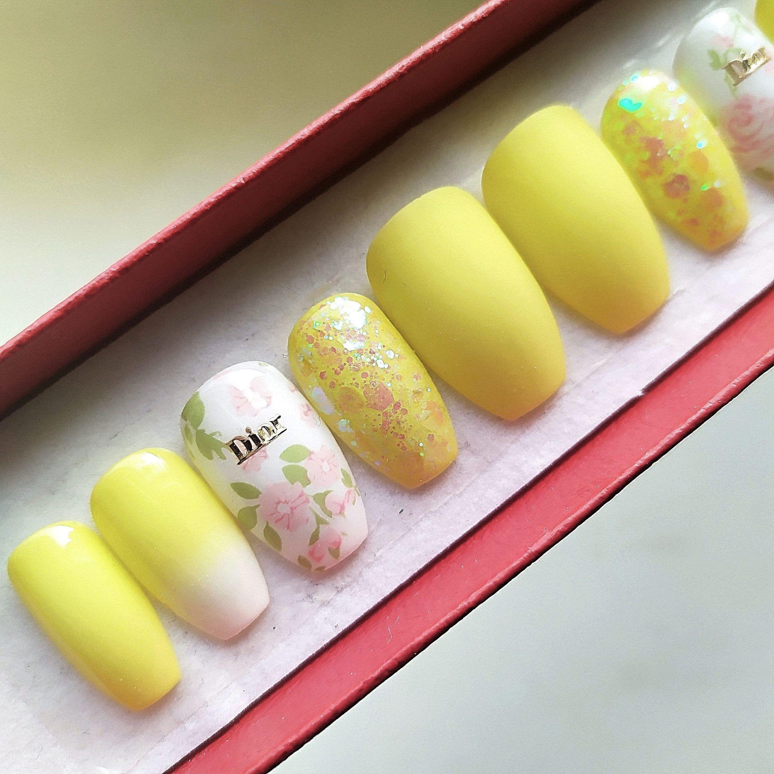 Private Jet Pastel Yellow Press On Nail Set Ombre Matte Nails Short Coffin Nails Custom Design Summer Flower In 2020 Press On Nails Short Coffin Nails Matte Nails