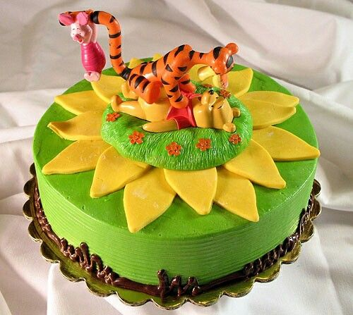 Pooh cake One layer