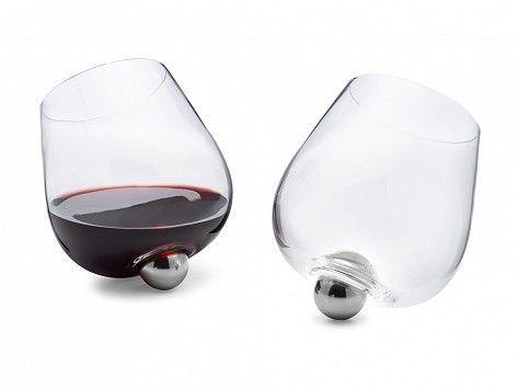 Aura Glass No Spill Aerating Wine Glass In 2020 Wine Aerators Aerator Wine Glass