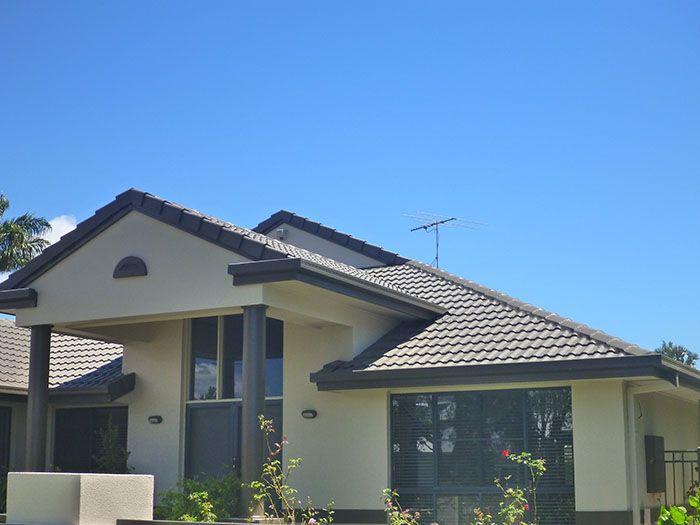 Roof Restoration In Redland Bay Restoration Colour Ironbark Servicing Brisbane South Brisbane North Logan Roof Restoration Roof Paint Colorbond Roof