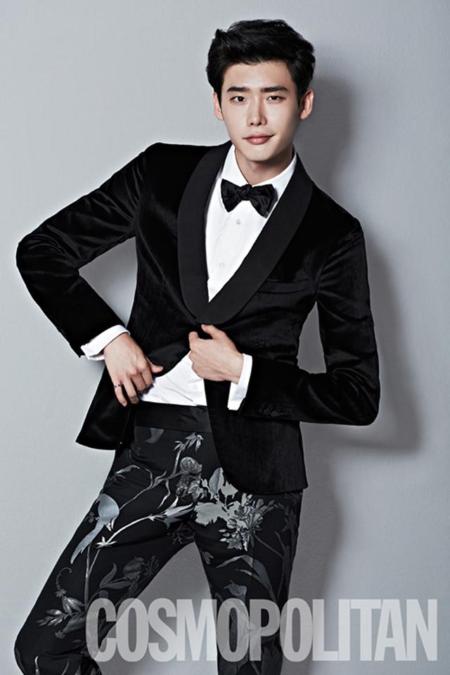 Lee Jong Seok Covers Cosmopolitan Korea's BIFF Special Edition : Couch Kimchi