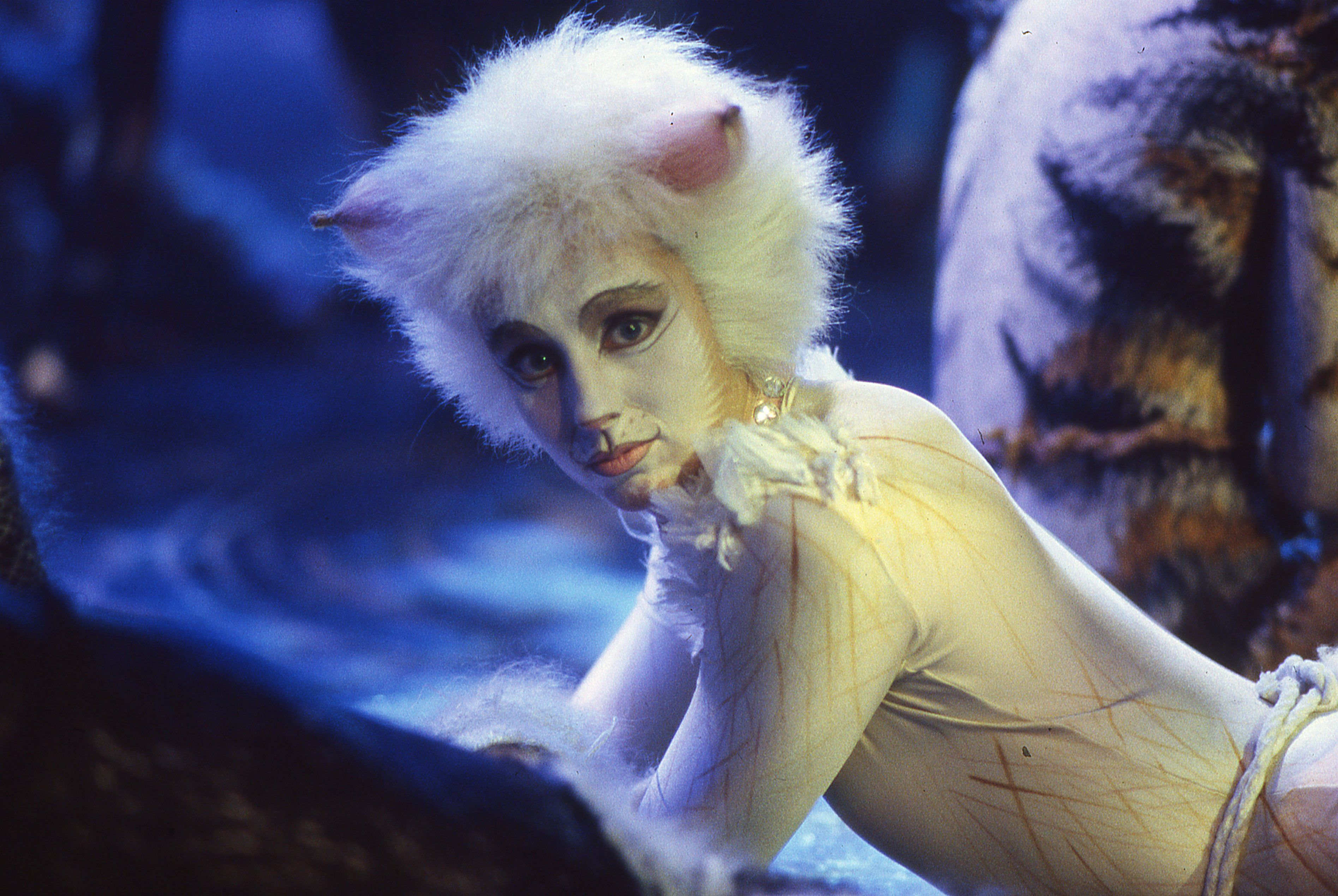 Alonzo from the CATS musical film 1998 Love this film so