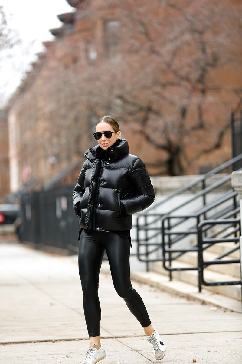 An All Black Winter Outfit & Black Puffer Jacket |