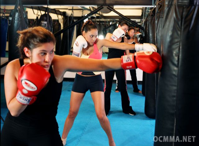 Oc Mma Mixed Martial Arts Gym In Irvine Orange County Http Www Ocmma Net Mma Images Mma Classes Kickboxing 2 Lg J Kickboxing Classes Kickboxing Mma Classes