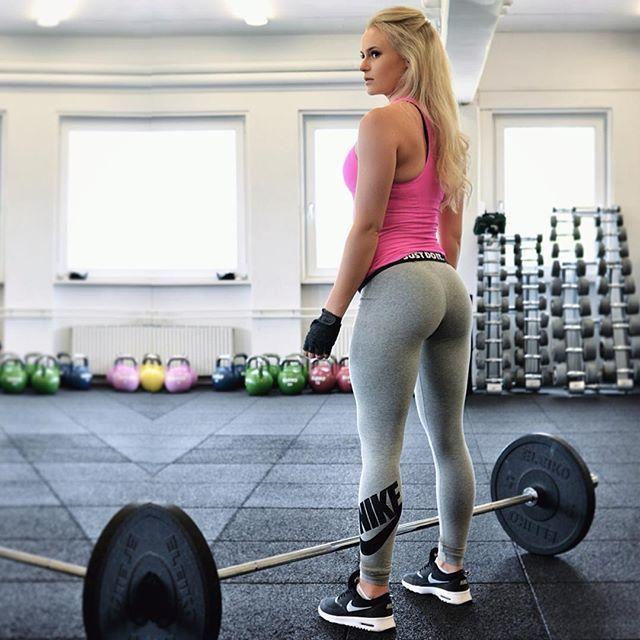 Sexy Sunday Funday mit der Fitness Milf