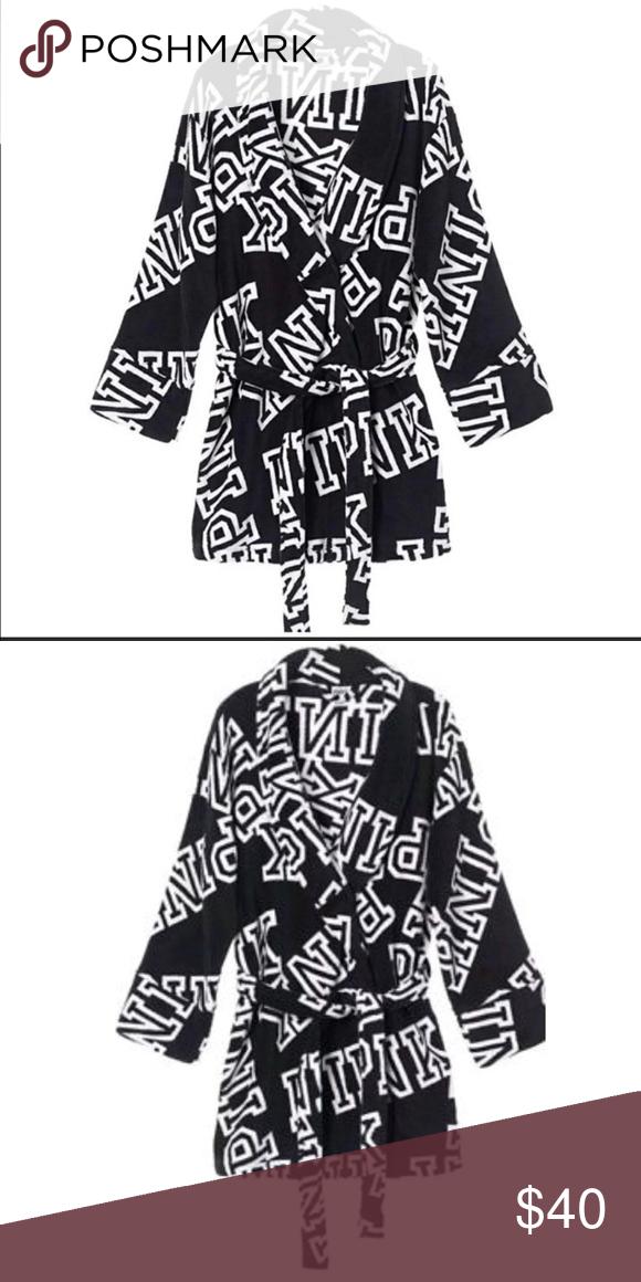 a7525a2870456 VS PINK Cozy Logo Fleece Robe XS S NWT