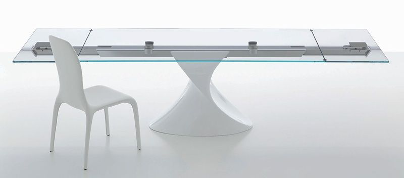 Shanghai Dining Table Extendible #table with central aluminum guide bar, tempered #glass top and extensions, wood base with sculptural shape. Fine and ageless #design. Optional colors for the base: Glossy White, Glossy Beige, Glossy Anthracite. Optional colors for the glass top: Transparent, Extra White transparent, Extra White, Extra Anthracite, Extra Beige. #MadeinItaly. Available in different sizes. See our best price: http://www.habitusfurniture.com/dining-tables-shanghai.html…