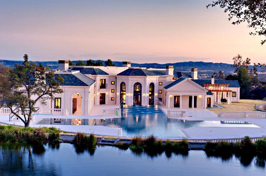 Magnificent luxury mansion in bradbury estates california for Luxury homes in alaska