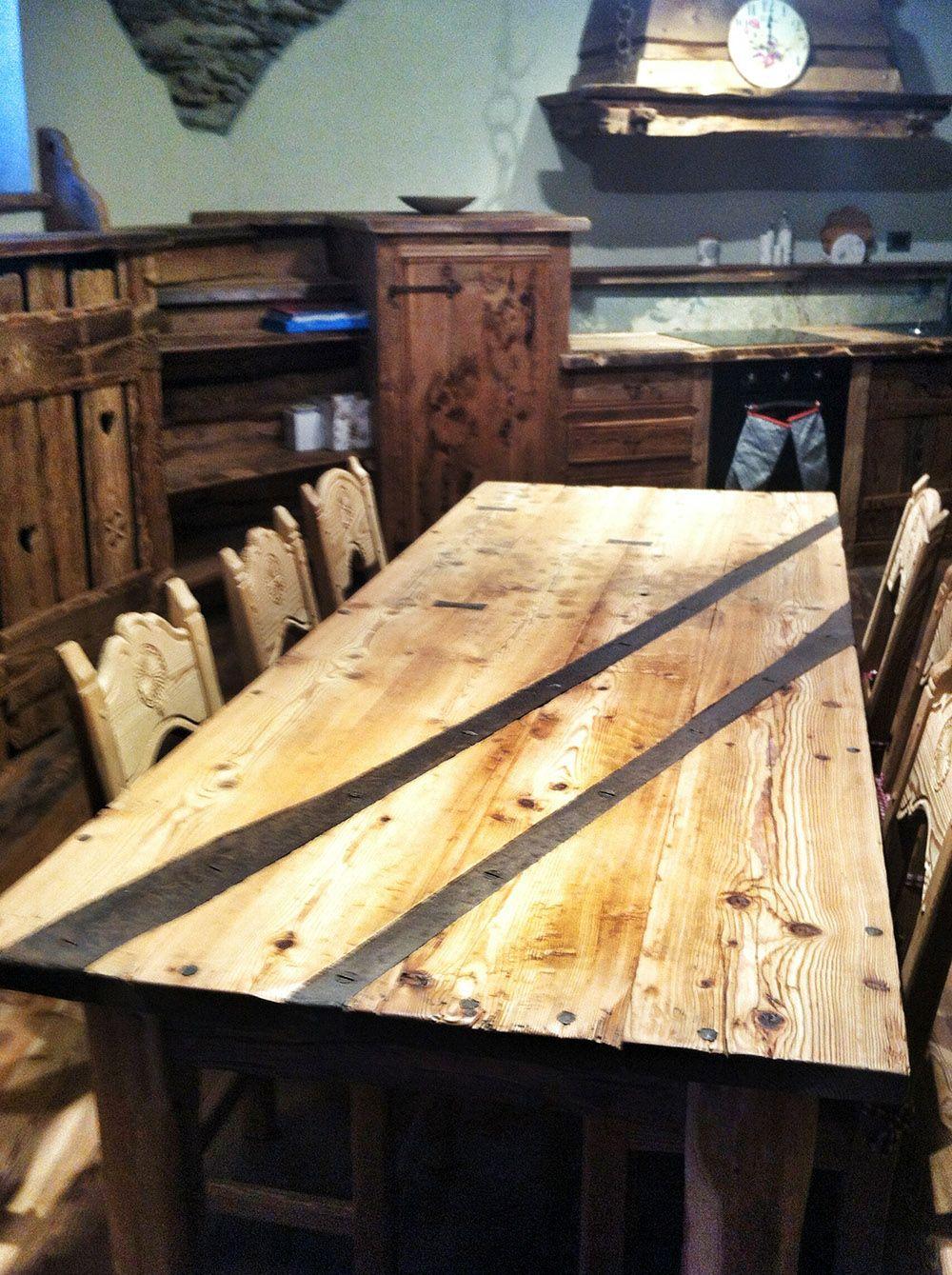 Falegnameria arlaud mobili in legno antico salbertrand for Arredamento rustico italiano