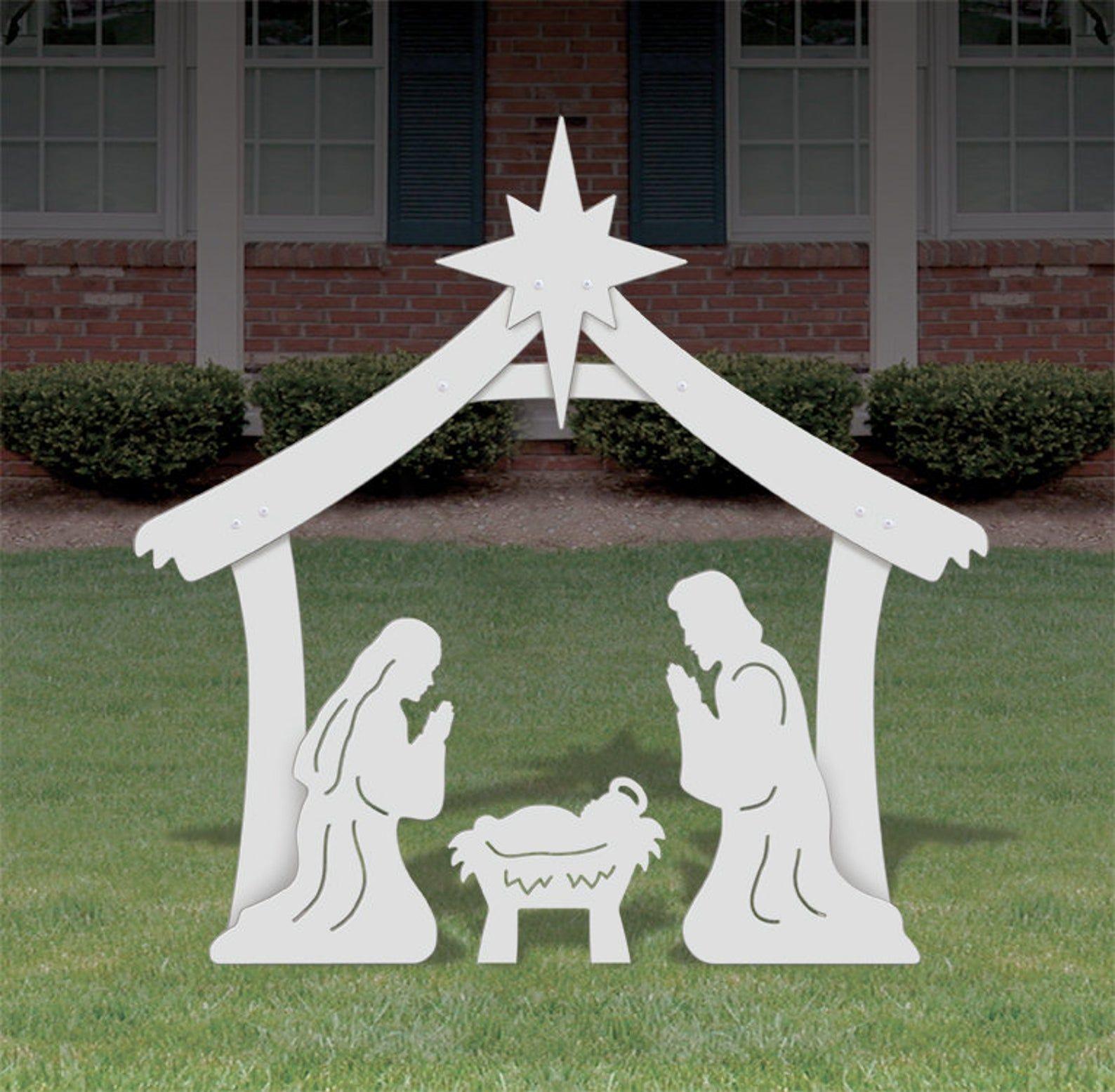 Holy Family Outdoor Nativity Set Medium Etsy Outdoor Nativity Scene Outdoor Nativity Christmas Yard Art