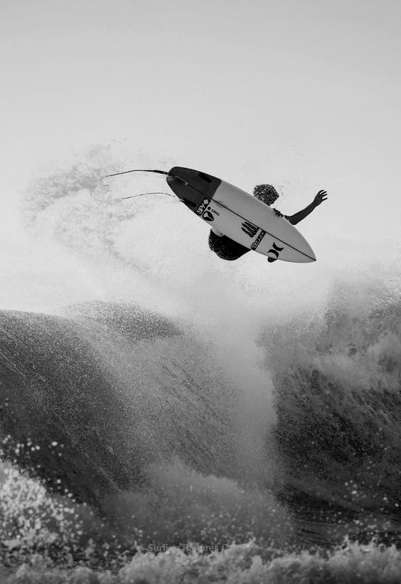 Some Epic Surfing Photography, Pictures taken while operating waves, Surf Photos are wonderful for