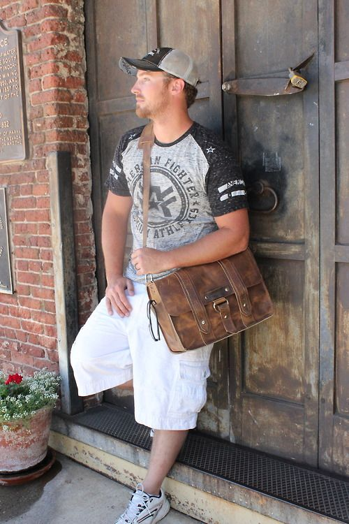 Distressed Tan Voyager Leather Camera Bag By Copper River Bags