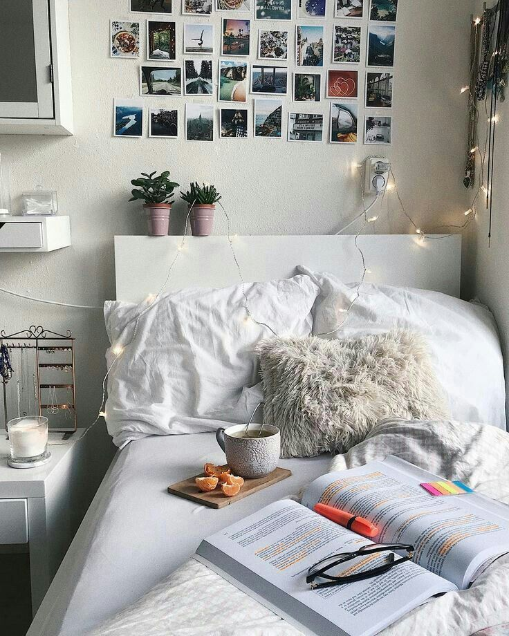 Healthy, study snacks in bed | Bedroom ideas | Maison, Décoration ...