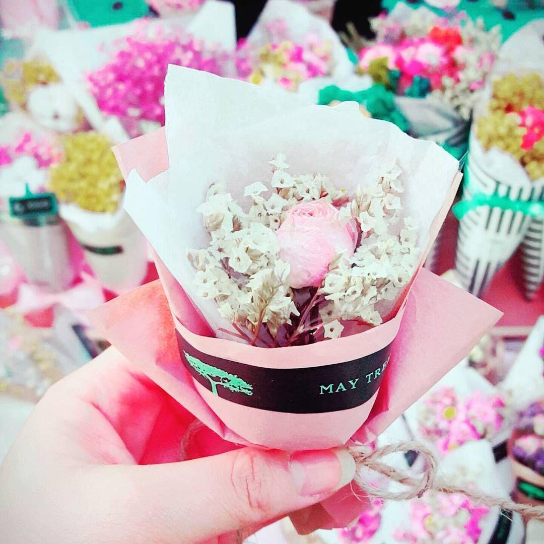 lovely_j_e_: #사랑 하는 #사람 에게 #꽃 #선물 어떨까요~ . . . #일상#데일리#부산#부산대#드라이플라워 #미니꽃다발 #꽃다발#꽃화분#꽃엽서#석고방향제#소이캔들#불금#꽃사러와 #좋아요#소통#놀러와#instasize#instagood #daily #flowers