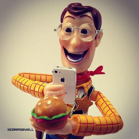 Brasileiro Faz Sucesso No Instagram Com Fotos De Woody Do Toy