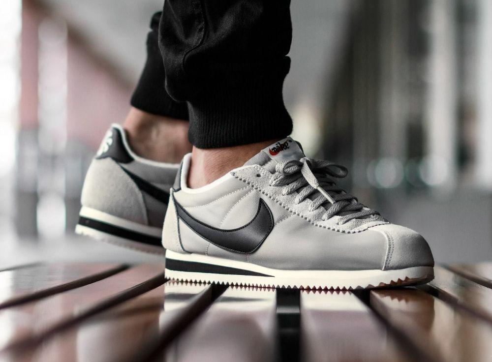 c1074608ec1 Nike-Classic-Cortez-Nylon-Athletic-West-Matte-Silver-grise