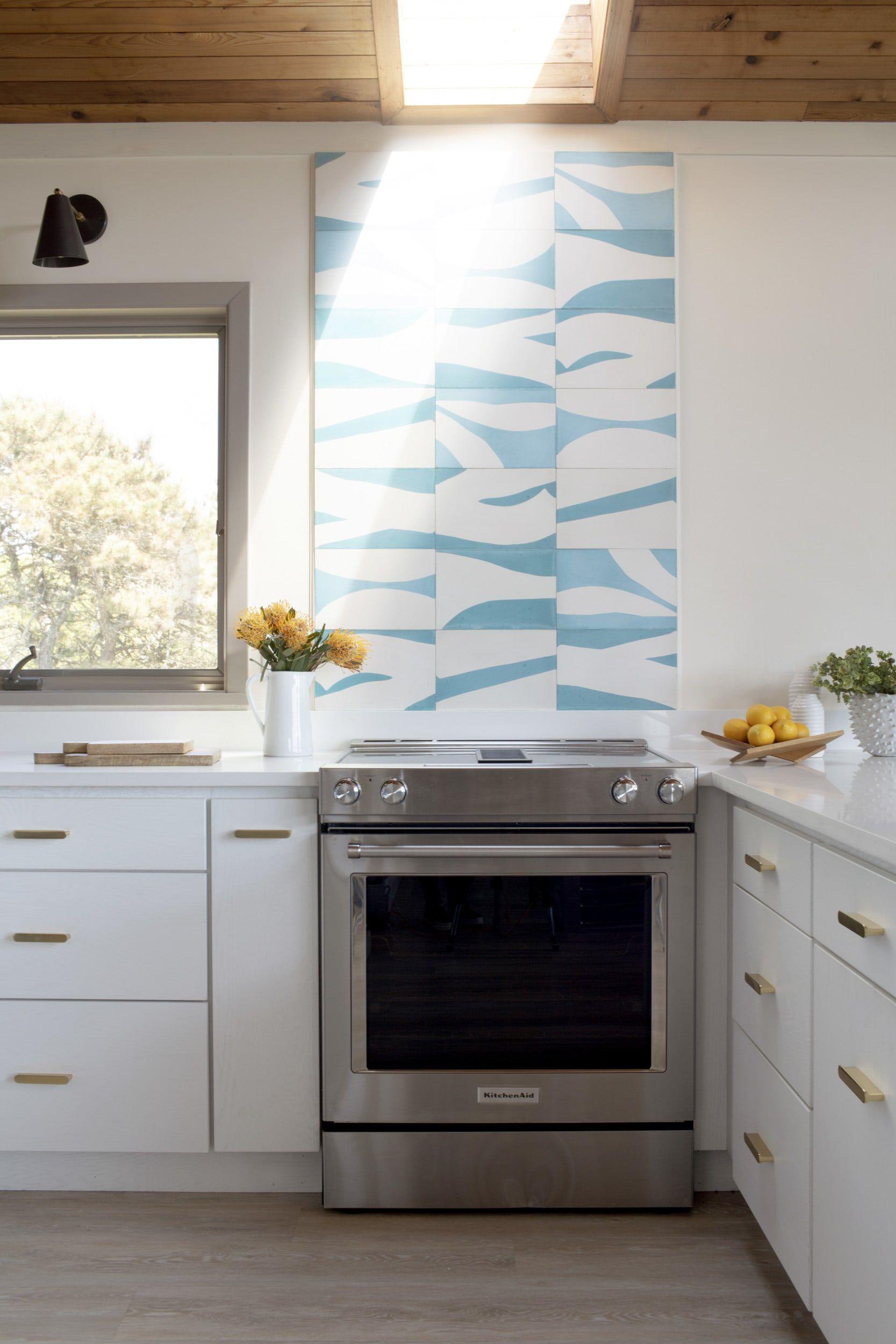 Modern Marthas Vineyard Surfer Home Renovation Kitchen Backsplash Trends Kitchen Tiles Design Tile Trends