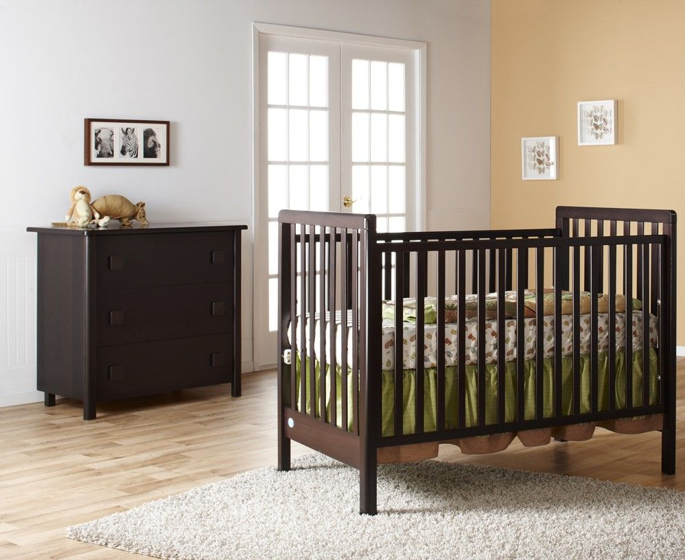 Charmant The Pali Tosca Classic Crib Is A Great Addition To Your Modern Nursery. It  Has Beautiful Lines, And Comes In A Mocacchino Finish. The Crib Is Made In  Italy!