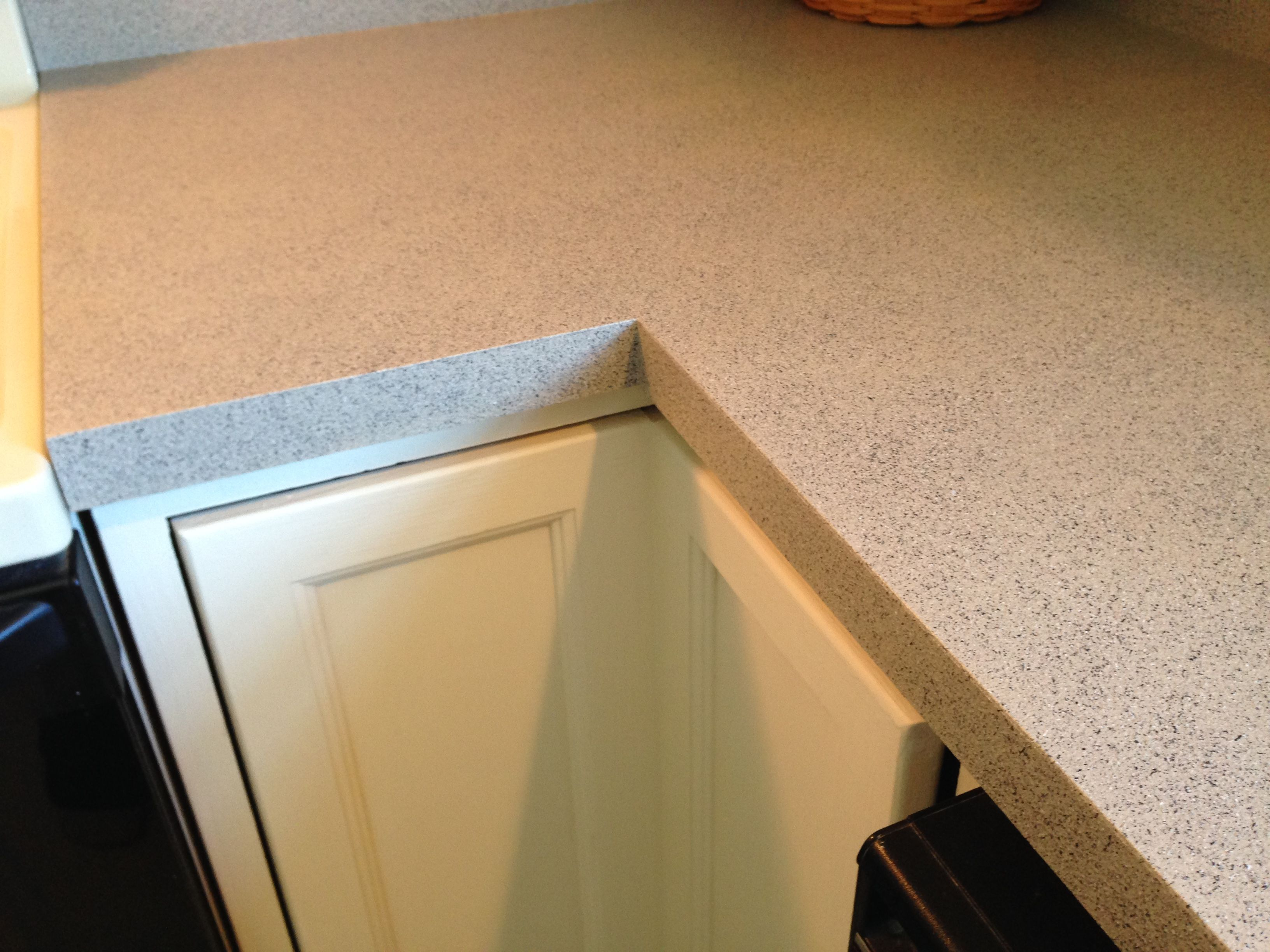 Rust Oleum Stone Accents Pebble Spray Painted Countertop