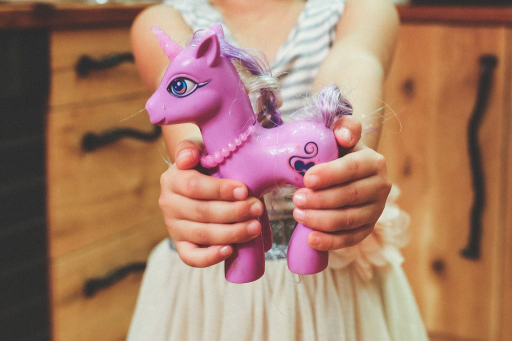 The Cheater's Guide to Throwing a Unicorn Party