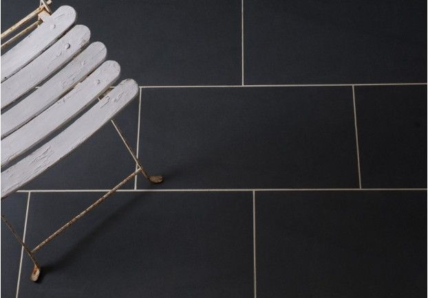 A Contemporary Sleek Tile The Black Porcelain Is Great Alternative To Natural Stone