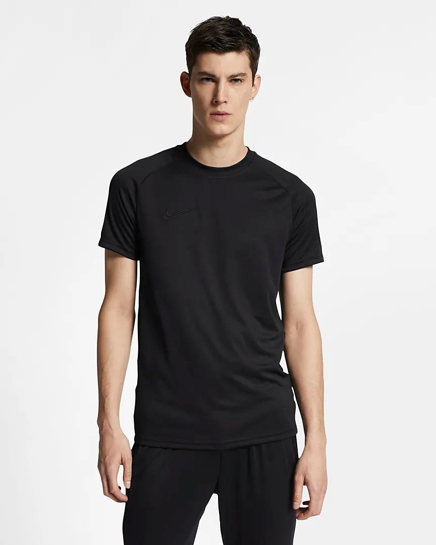 Haut de football à manches courtes Nike Dri FIT Academy pour