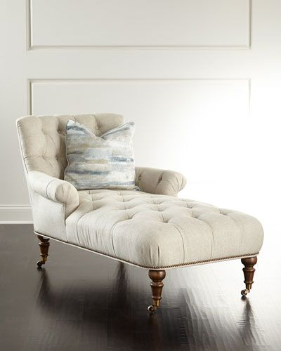H8N0Q Timberview Tufted Chaise