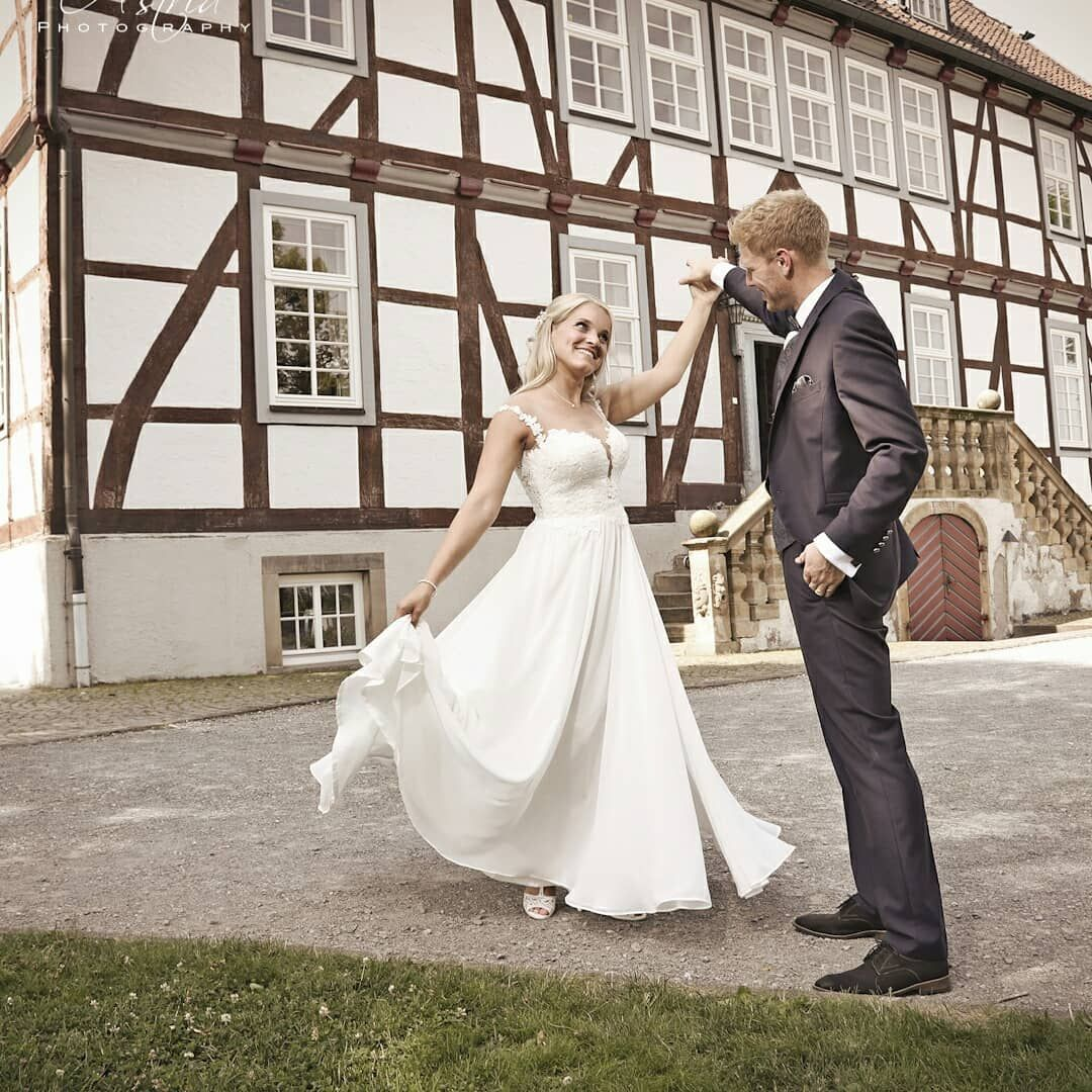 It Was So Much Fun Photographing My First German Wedding I Had The Amazing Opportunity To Share This Fantastic Couple S Spec In 2020 German Wedding Groom Ties Wedding